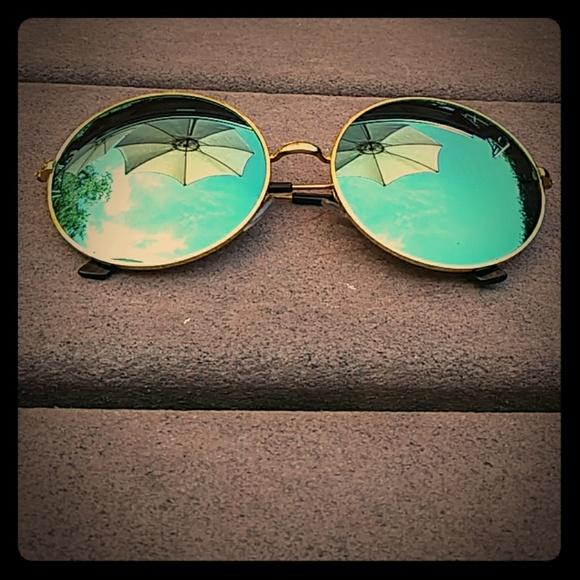 9dbece64f3 SHEIN Accessories   Retro Sun Glasses   Poshmark